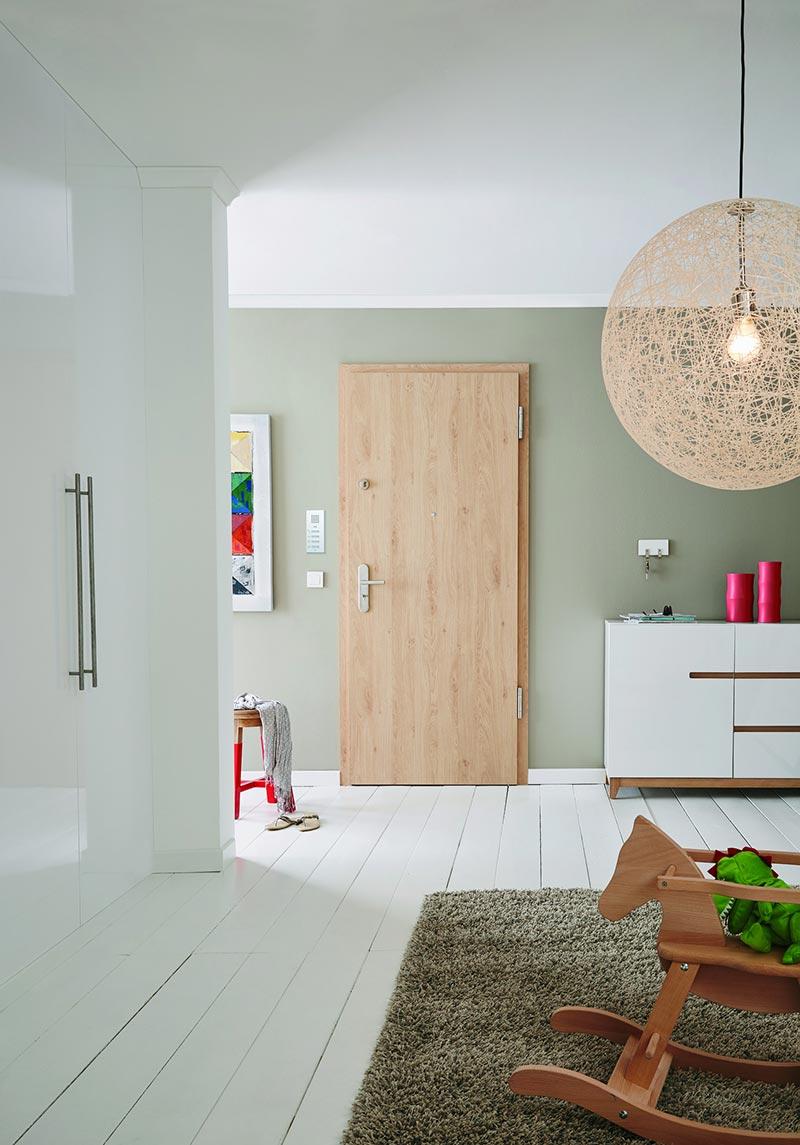 Wohnungseingangstür Eiche Crema | Quelle: Jeld-Wen Bilddatenbank
